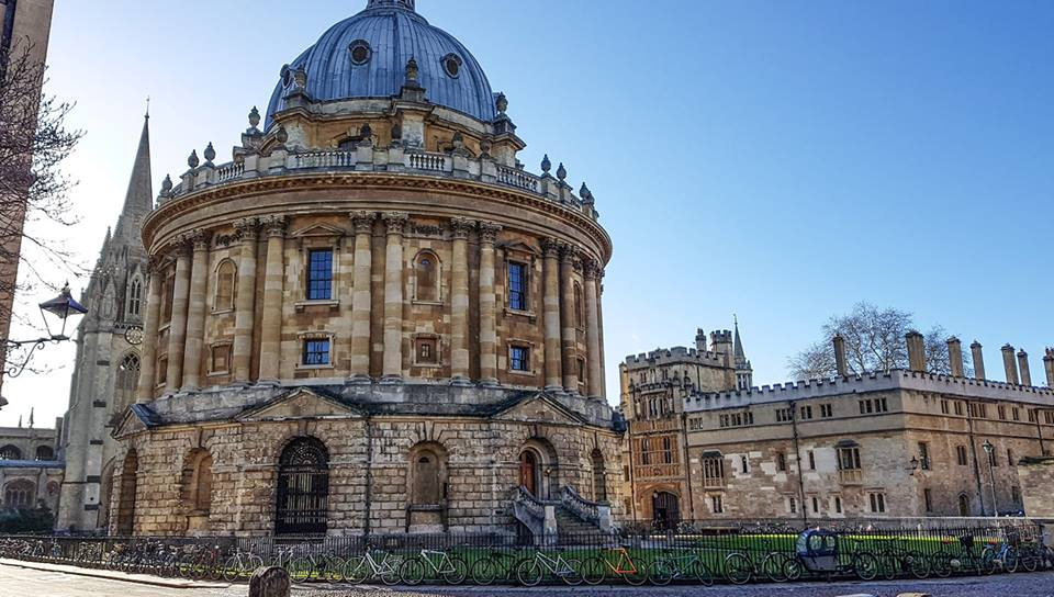 Join our fun and informative Premium Walking Tour of Oxford